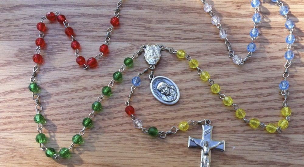 como rezar el rosario misionero-min