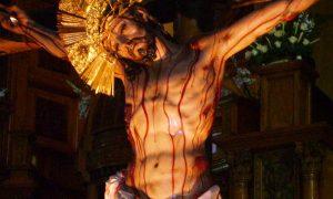 Cómo rezar el rosario de la sangre de Cristo