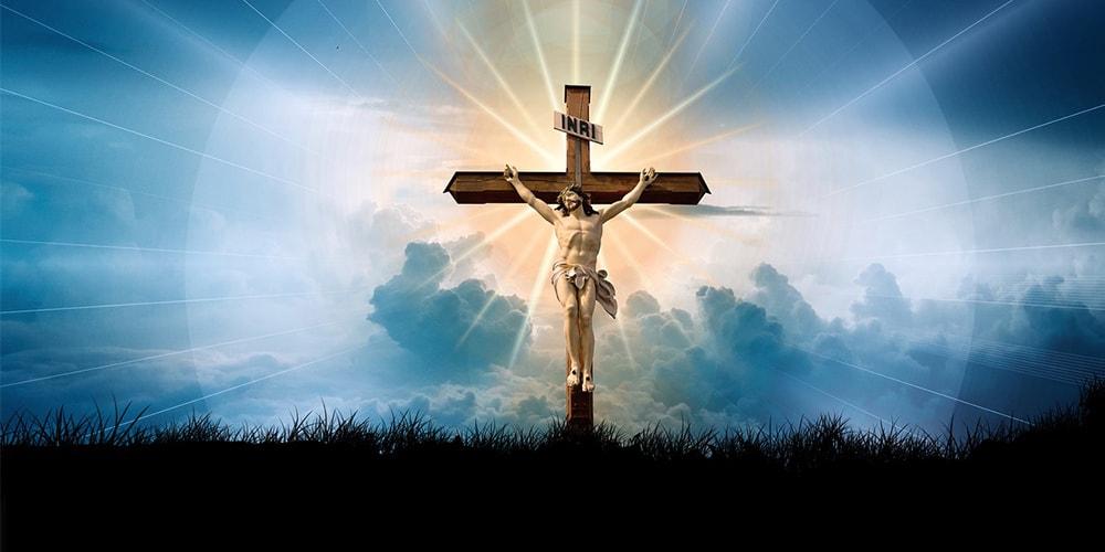 como-rezar-el-rosario-a-jesus-nazareno-min
