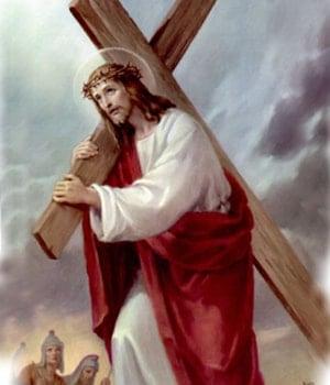 Jesús camina al Calvario cargando la cruz