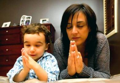 Rosario de liberación por los hijos